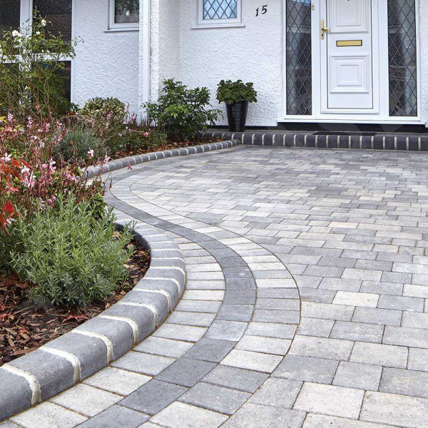 Beta Block Paving 210x140mm Silver Haze