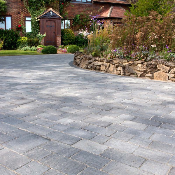 Alpha Block Paving 210x140x60mm Silver Haze