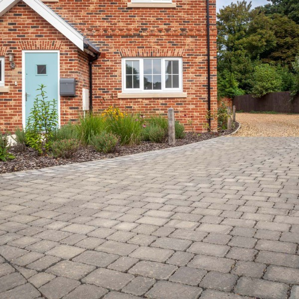 Alpha Block Paving 140x140x60mm Charcoal