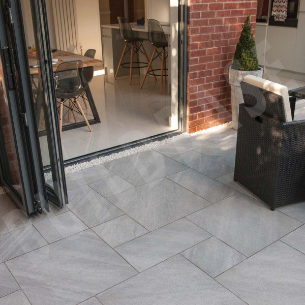 Aspero Patio Pack Silver Grey