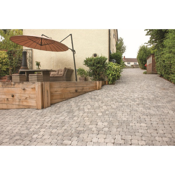Aura Block Paving Silver Fleck 114x114mm