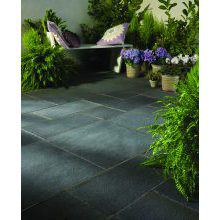 Bradstone Natural Limestone Patio Kit Blue/Black - 15.30 m2 Per Pack