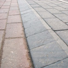 External Angle Mobility Kerb 2 Colours
