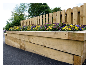 Top Tips For Choosing High Quality Timber Fence Posts And
