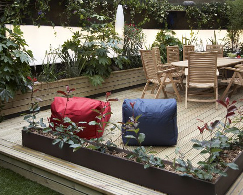 How to choose timber decking Box Image