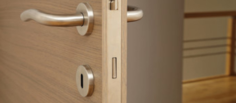 timber door box image