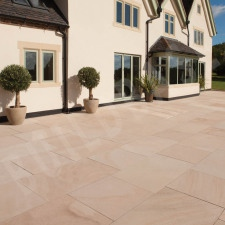 Grand Natural Sandstone Paving